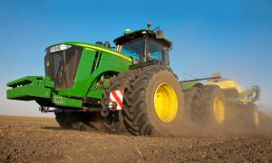 Серия 9R / 9RT тракторов от John Deere