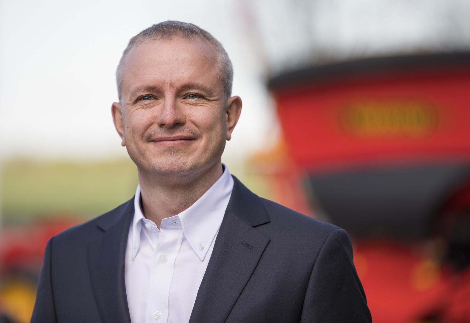 Генеральный директор в Väderstad Russia Матиас Ховнерт