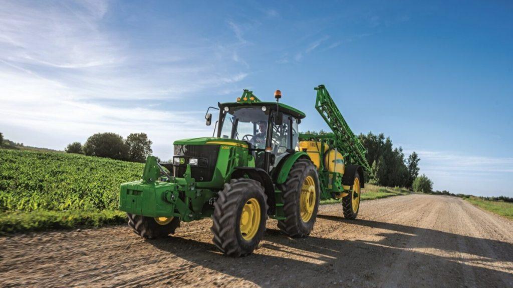 Трактор 6135B