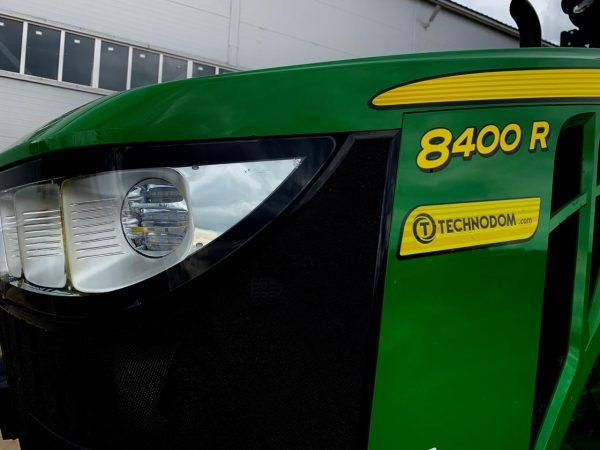 Мы поставили в Россию первый трактор John Deere 8400R!