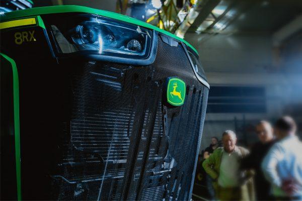 Обзор трактора John Deere 8410RX