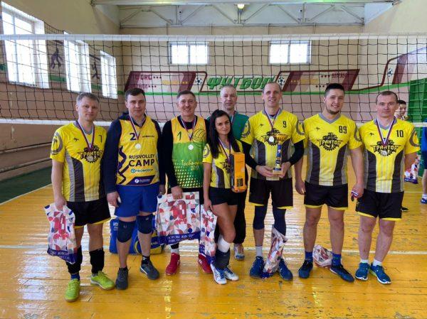 Наша команда «Трактор» приняла участие в соревнованиях по волейболу